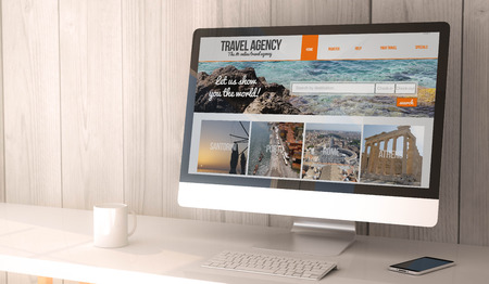digitale machen Arbeitsplatz mit Computer und Smartphone mit Reisebüro online auf dem Bildschirm erzeugt. Alle Bildschirmgrafiken bestehen.