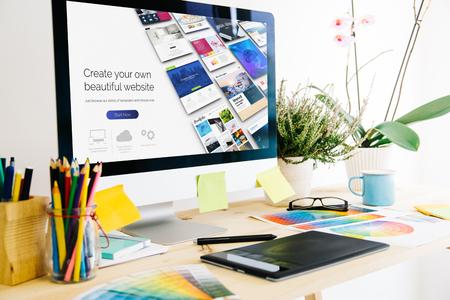 Costruttore di siti web di studio di progettazione grafica Archivio Fotografico