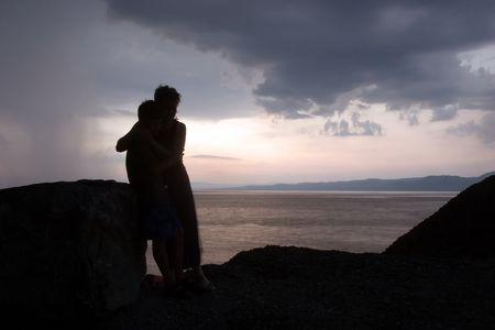 berisping: Moeder en zoon wachten de storm