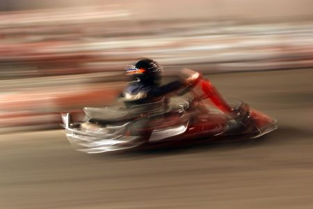 carting: Full speed on the track by kart