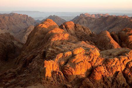 mount sinai: Panorama rocce del Monte Sinai nel mattino