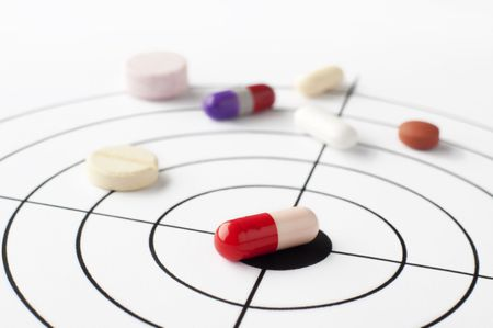 Molti farmaci immessi in una destinazione che mostrano che hanno colpito il bersaglio  Archivio Fotografico - 6309333