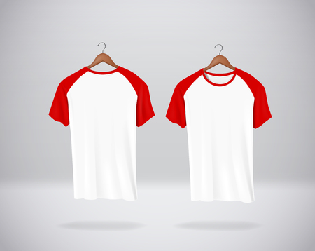 Red Baseball T-Shirts Mock-up clothes hanging isolated on wall, blank front and rear side view. Stockfoto - 125298554