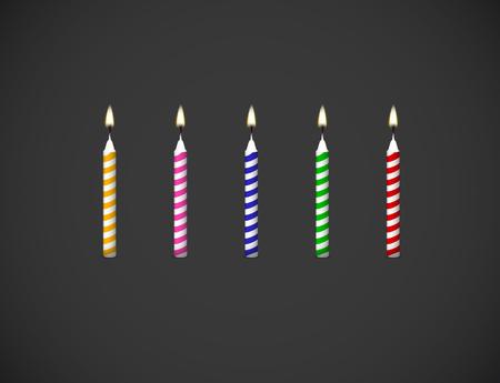 Geburtstagstorte Kerzen Flamme realistisches Set isoliert auf dunklem Hintergrund Vektor 3D-Darstellung