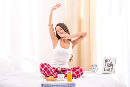 Woman in bed Zdjęcie Seryjne