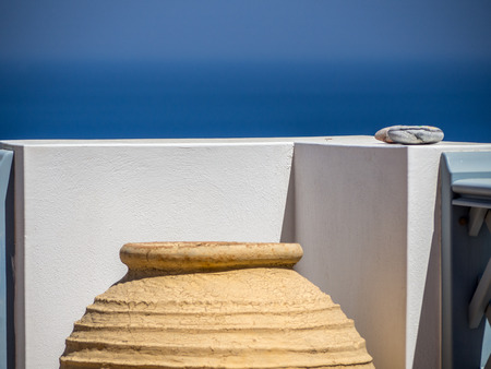 Î'close up of a  large clay pot on a balcony 写真素材