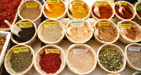 exposici�n: especias y condimentos exposici�n