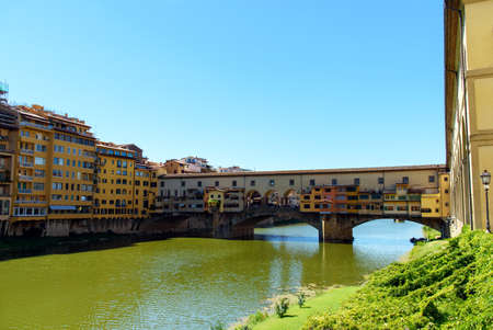 river arno: the old bridge over the river Arno, florence, italy