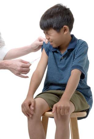 sgomento: Ragazzo che sta per arrivare immunizzati