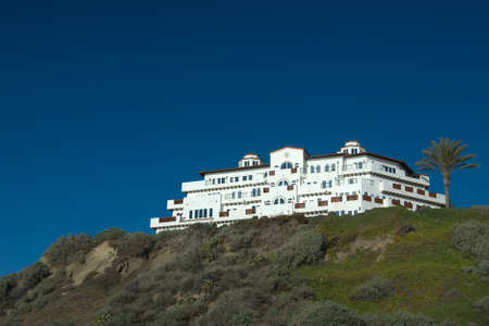 luxery: white luxurious hotel on top of a hill in san clemente california with beautiful blue sky Stock Photo