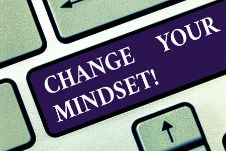 Text sign showing Change Your Mindset. Conceptual photo fixed mental attitude or disposition demonstrating responses Keyboard key Intention to create computer message pressing keypad idea Standard-Bild