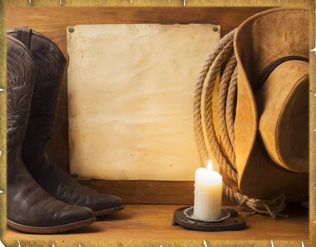 rodeo americano: Fondo americano del vintage con ropa de vaquero y papel viejo para el texto Foto de archivo