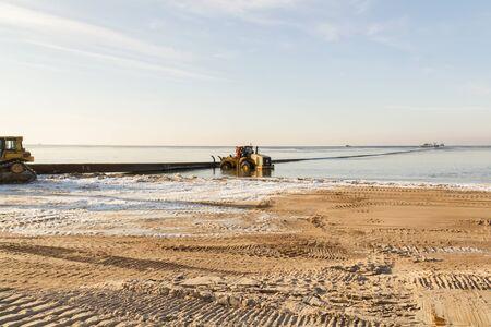 dredging: dredging work in winter
