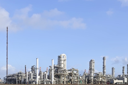 oil and chemical refinery Standard-Bild