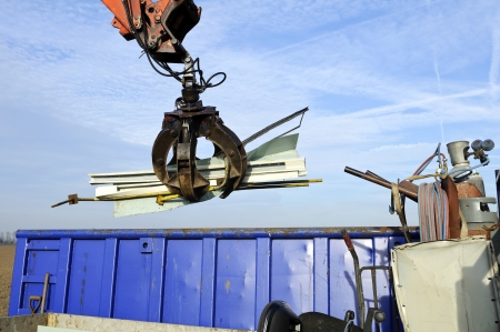 landfill site: riciclaggio del metallo