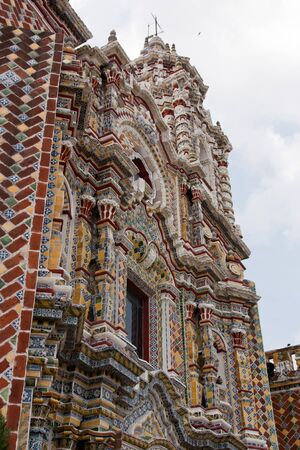 ornamentations: San Francisco church in Cholula, Puebla Editorial
