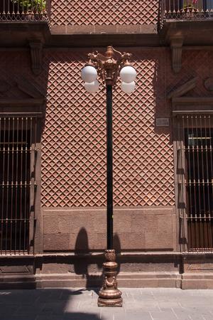サン ・ ルイス ・ ポトシでダウンタウンの光る 写真素材