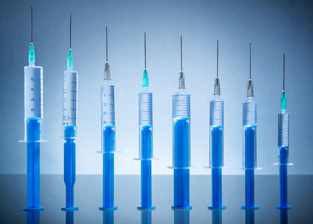 insulin syringe: Many injection needle queued coexist