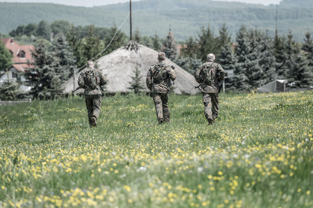 nato: Hungary, Orfu - May 3-8: Elite Challenge is a program designed both for civilians and professionals who wish to try out what it feels like to get through Special Forces selection just like if you wanted to get into the ranks of the US Army special forces.