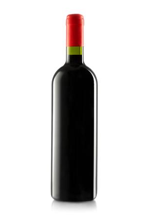 Vinho tinto e uma garrafa isolado no fundo branco Foto de archivo - 47583404