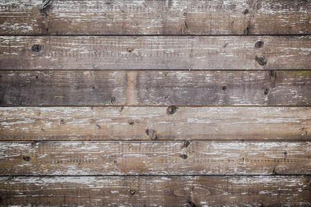 drewno: Deski z drewna uszkodzone przez proces starzenia.