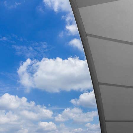 Detail of tensile shading roof against blue sky 版權商用圖片 - 92069391