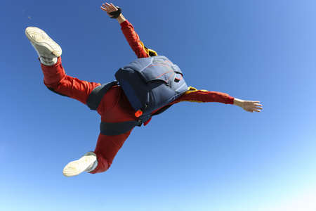performs: The student performs the task parachutist in free fall