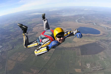 freefall: Student skydiver in freefall
