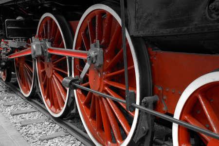 locomotora: Particular de una rueda motriz de una locomotora de un tren de la m�quina de vapor