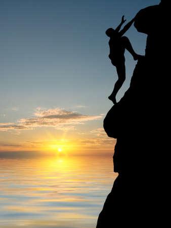 klimmer: man op de top van de berg bereikt voor de zon Stockfoto