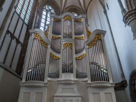 The Bach organ of the Great Church in Dordrecht was build in 2007 by Verschueren Orgelbouw. It is very suitable for playing baroque music from Bach and others.