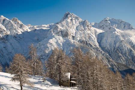 deep powder snow: A beautiful winter landscape in the Engadine, Switzerland Stock Photo