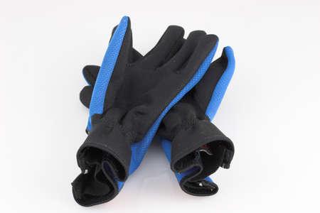 breathable: Paio di guanti vecchi sport su sfondo bianco  Archivio Fotografico