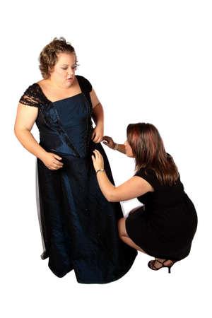 vistiendose: Vestirse para un partido oficial con el modista ayudar