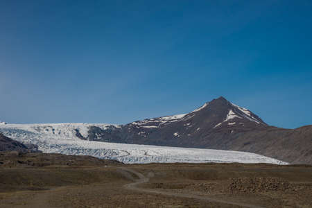 Flaajokull Glacier on the south coast of Iceland, a part of Vatnajokull National park Stock Photo - 131321378