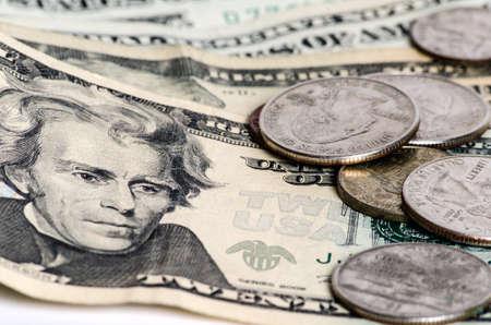アメリカのお金のドル札の分離の白い背景を閉じます。水平方向のカラー画像 写真素材