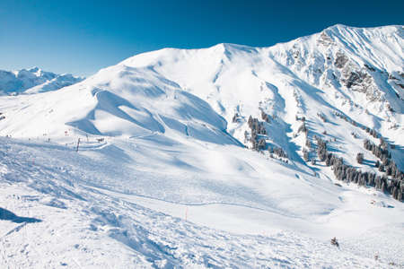 skying: Beautiful view to Ski resort in Adelboden, Berner Oberland, Switzerland