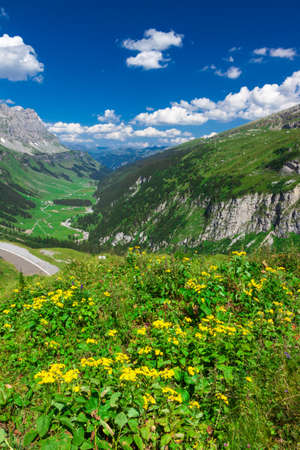 Valley with the Klausen Pass mountain road in Switzerland Stock Photo