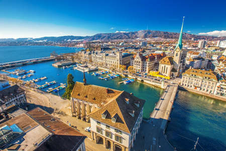 View of historic Zurich city center with famous Fraumunster Church, Limmat river and Zurich lake from Grossmunster Church, Switzerland 免版税图像