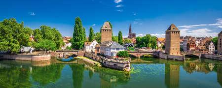 Mittelalterliche Brücke Ponts Couverts, Barrage Vauban, Straßburg, Elsass, Frankreich, Europa.