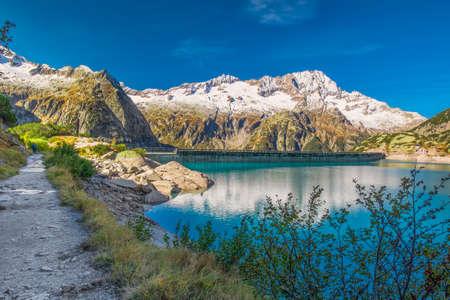 Lac Gelmer à proximité du Grimselpass dans les Alpes Suisses, Gelmersee, Suisse