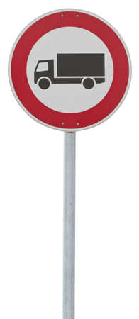 symbolization: traffic sign: motor lorry