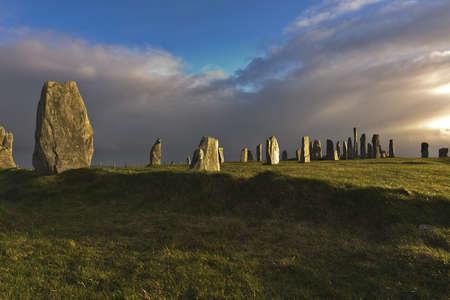 Die Callanish Stones sind ein altes Denkmal. dramatischen Licht Lizenzfreie Bilder