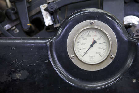 measurement of pressure in the printing press at work photo