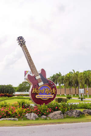 cana: PUNTA CANA, DOMINICAN REPUBLIC - MAY 22 2017: The signboard of the hotel and casino. Sculpture guitar