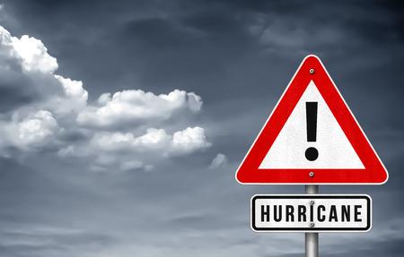 Hurricane warning sign Imagens - 108677749