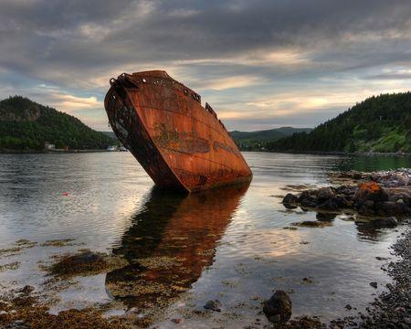 ship wreck: Shipwreck