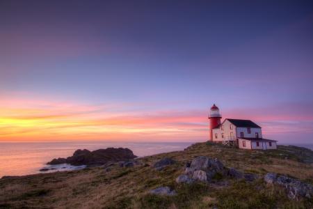 Newfoundland: Lighthouse at sunrise