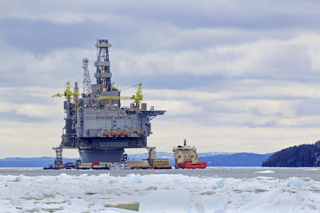 Oil and gas platform Standard-Bild