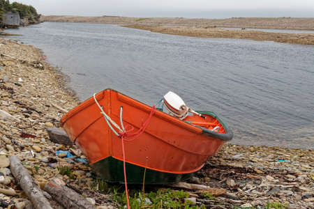 Small inshore lobster fishing boat, Newfoundland and Labrador, Canada. 版權商用圖片 - 155889784